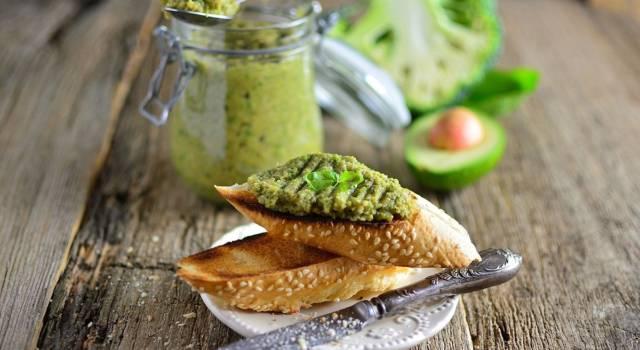 Salsa guacamole con broccoli per antipasti: scopri come prepararla!