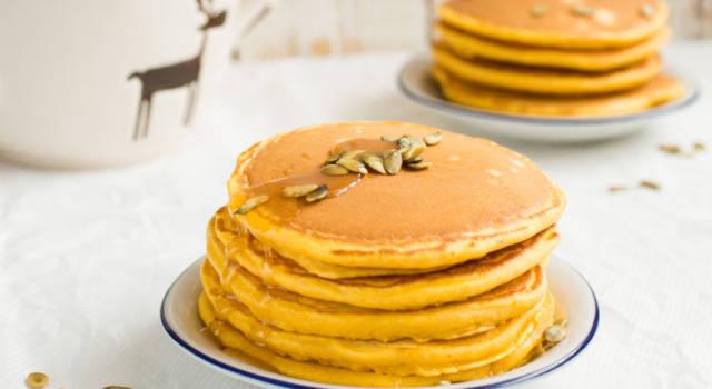 Come preparare i pancake alla zucca di Una Mamma per Amica