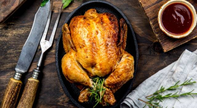 Come preparare il pollo arrosto perfetto? Tutti i segreti della ricetta