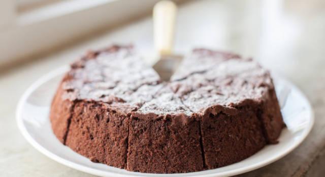 Ricetta della torta al cioccolato senza uova: una vera bontà!