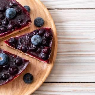 Deliziosa torta fredda ai mirtilli… impossibile resistergli