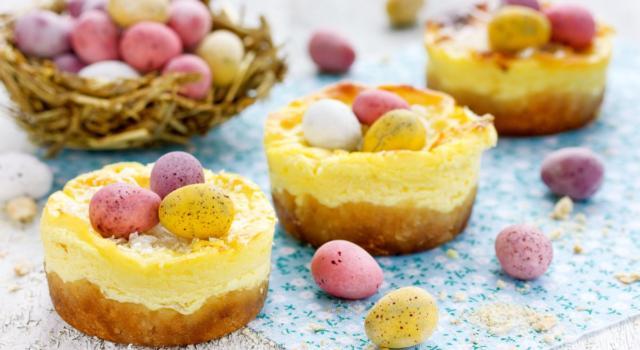 Mini torta di Pasqua con ovetti di cioccolata: che simpatica idea!