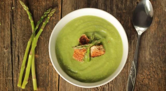 Crema di asparagi: delicata, colorata e gustosa