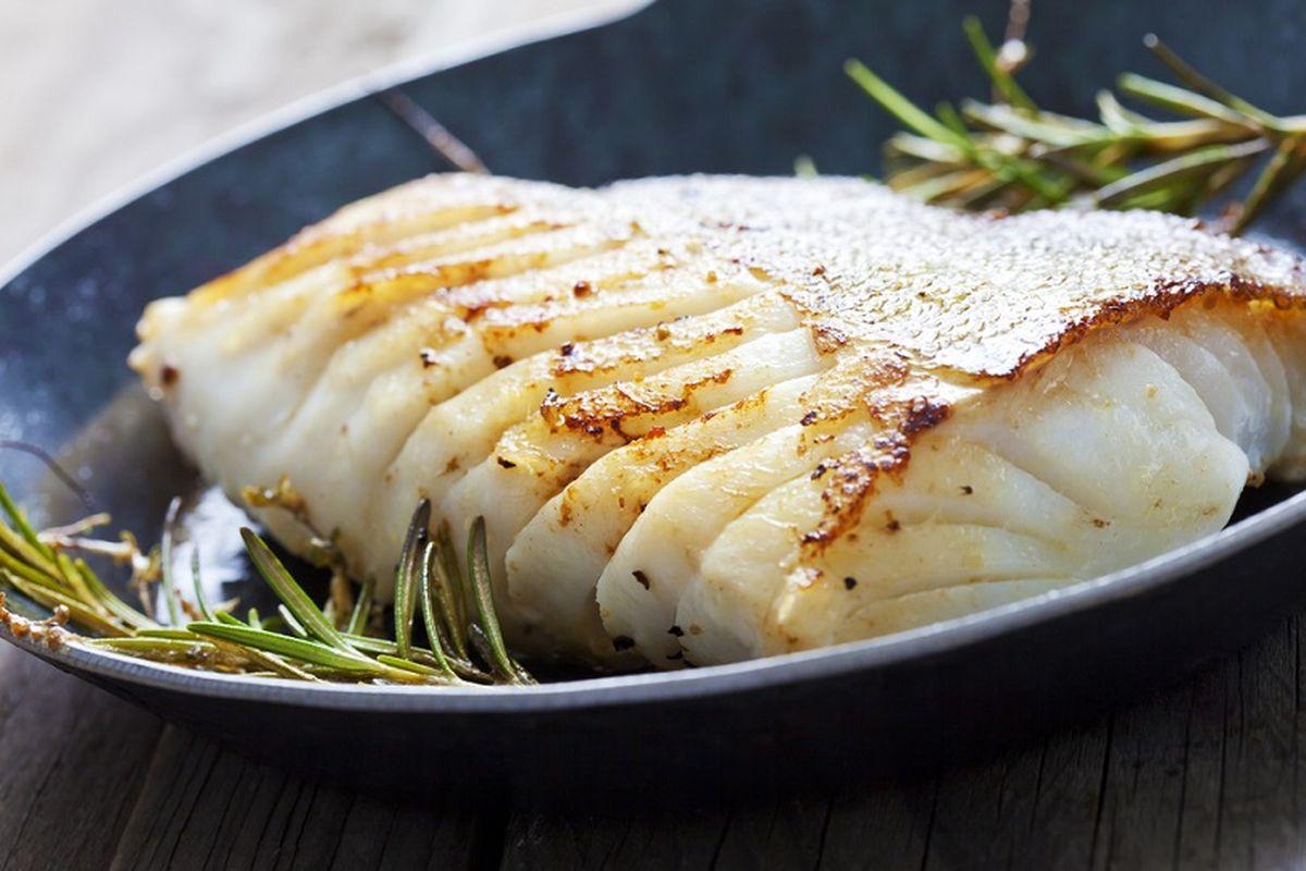 Buonissime triglie al forno con limone: per gli amanti del pesce!