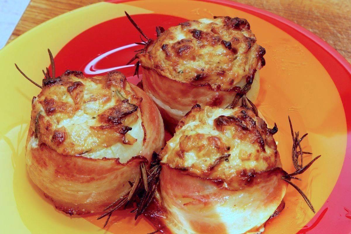 Cipolle in crosta di pancetta