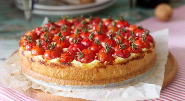 Bella e senza glutine: ecco la crostata salata con pomodorini!
