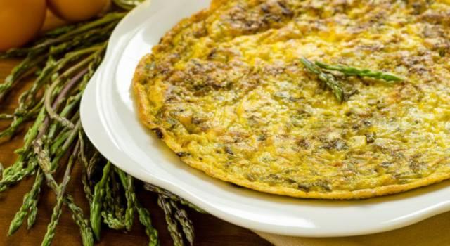 La farifrittata di asparagi è deliziosa e facilissima da fare