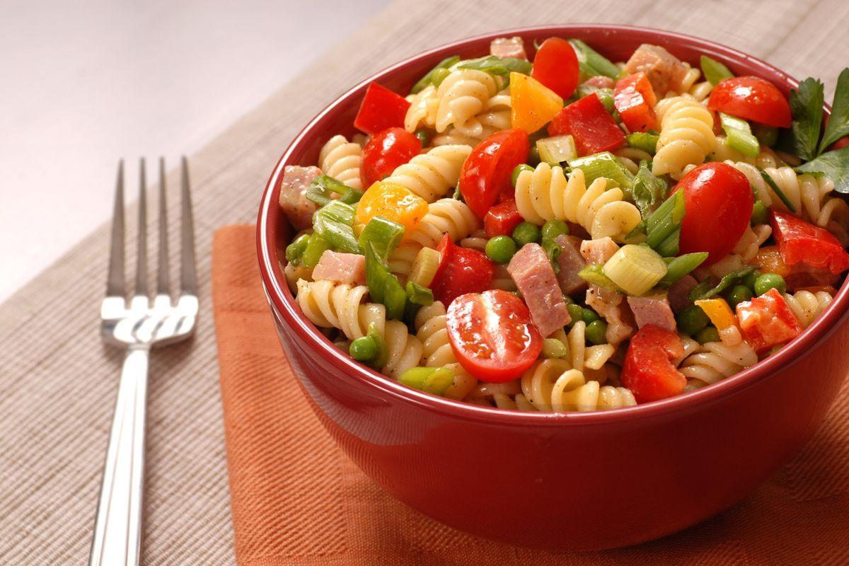 insalata di pasta e prosciutto