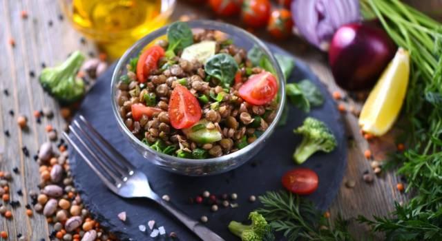 Lenticchie all'insalata con pomodorini: un contorno saporito e nutriente!