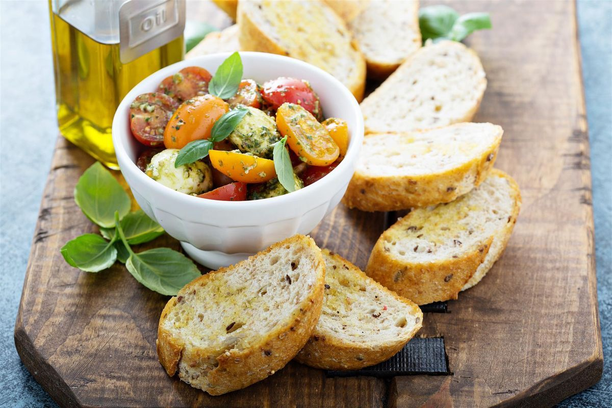 insalata con pesto e pomodorini