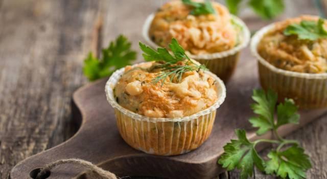 Muffin salati con zucchine: soffici anche senza uova!