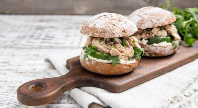 Come fare un panino al tonno buonissimo: la ricetta!