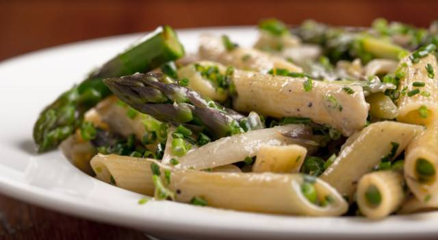 La ricetta della pasta agli asparagi, un primo piatto meraviglioso