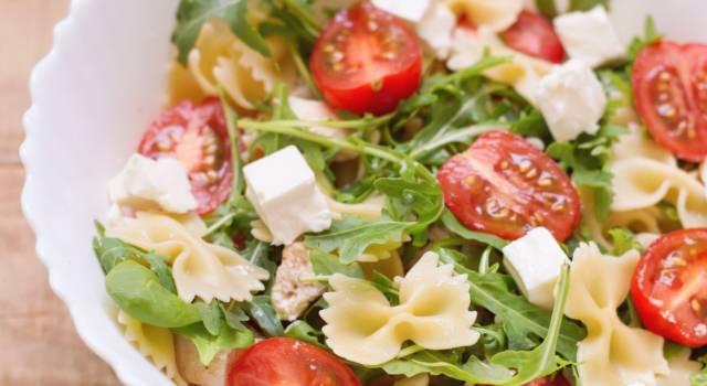 Pasta con mozzarella e rucola: fresca, colorata e facilissima da fare!