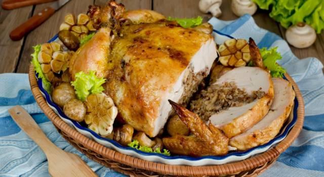 Pollo ripieno cotto in pentola a pressione: un ottimo secondo piatto!
