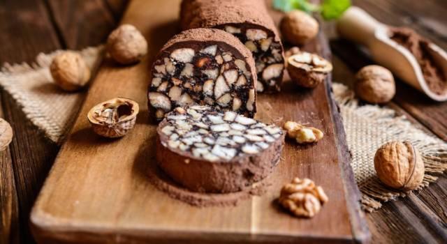 Salame di cioccolato: pochi e semplici ingredienti per un dessert classico!