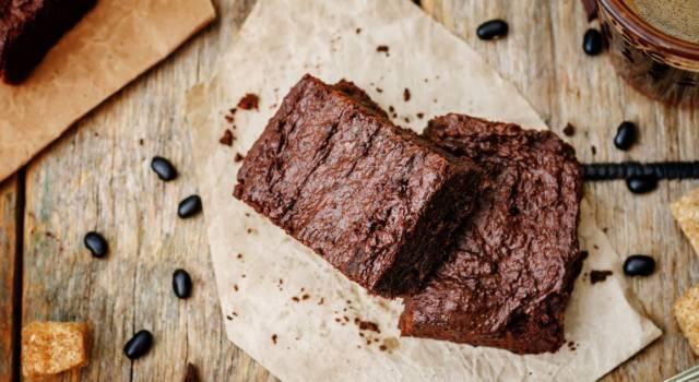 Torta brownies al caffè: la ricetta del dolce golosissimo