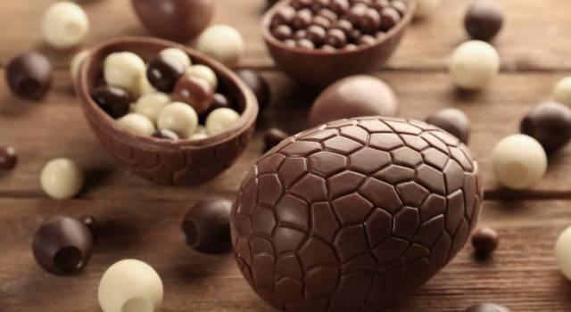 Come riciclare il cioccolato delle uova di Pasqua avanzate?