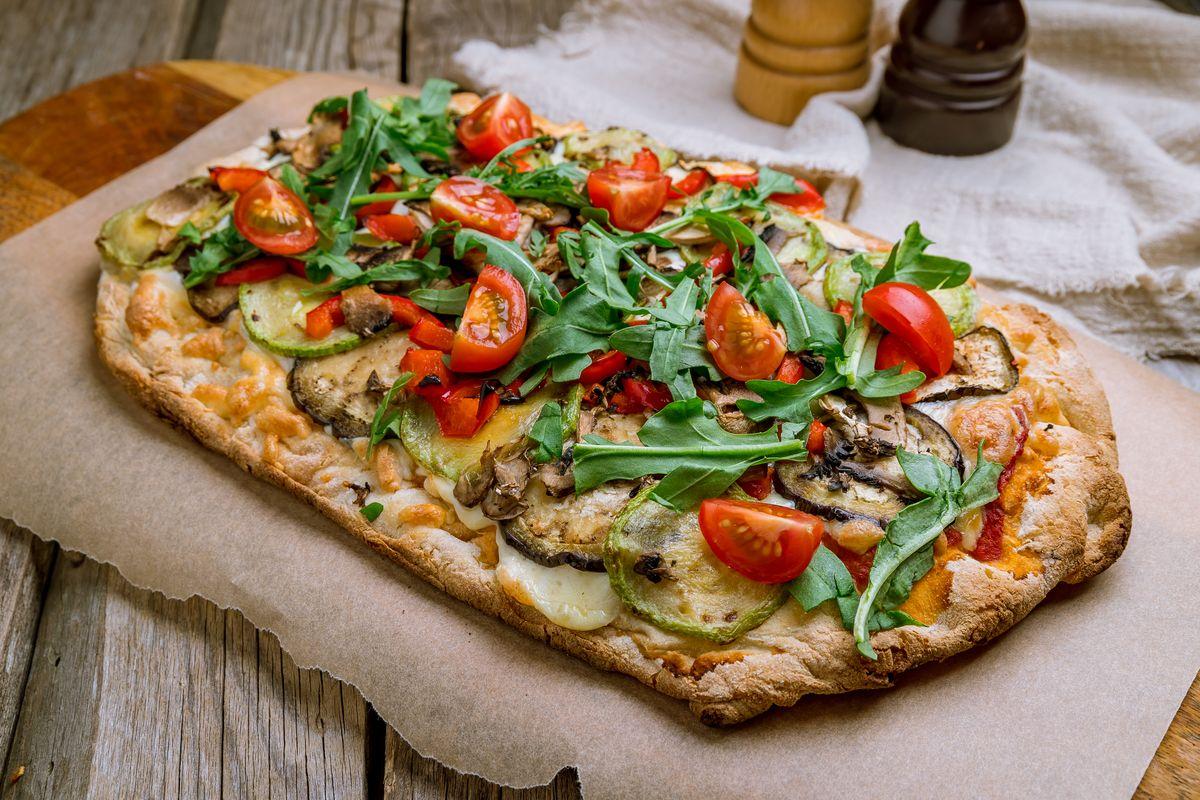 Pinsa romana con la ricetta originale: ecco come prepararla