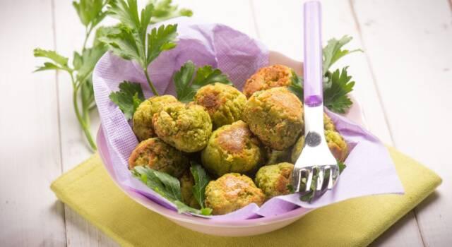 Leggerissime polpette di fave al forno: la ricetta vegana