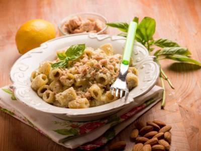 Deliziosa pasta con tonno fresco e crema di zucchine: una ricetta perfetta per l'estate