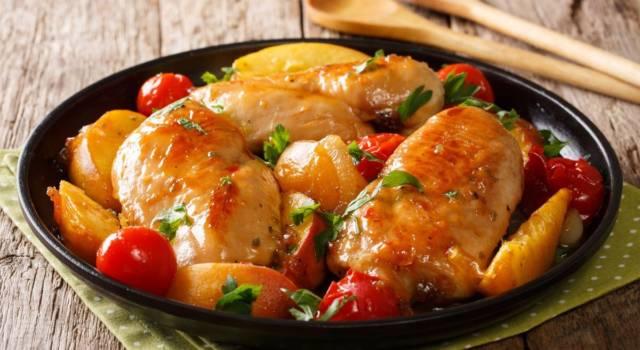Pollo con le pesche: la ricetta che profuma d'estate!