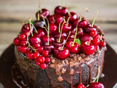 Torta al cioccolato e ciliegie, una vera tentazione!