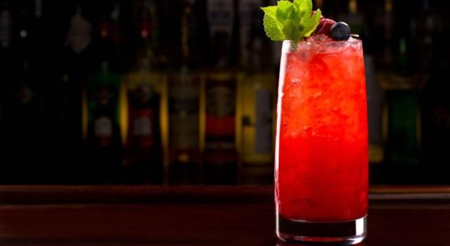 Caipiroska, la ricetta del cocktail alla fragola!