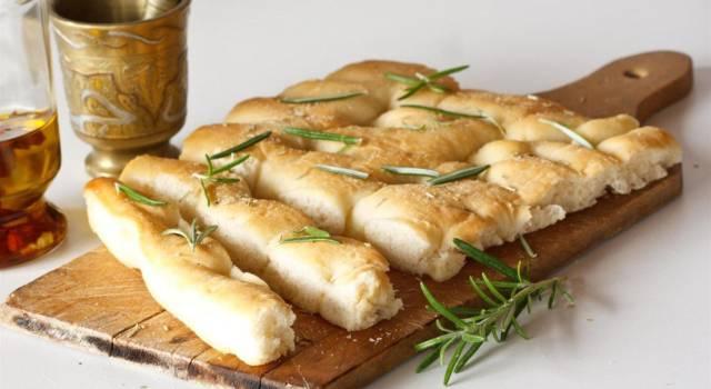 Focaccia genovese: la ricetta originale per un impasto fragrante e perfetto!