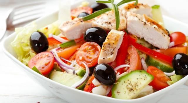 Le migliori ricette di insalate sfiziose e particolari: ecco 11 idee
