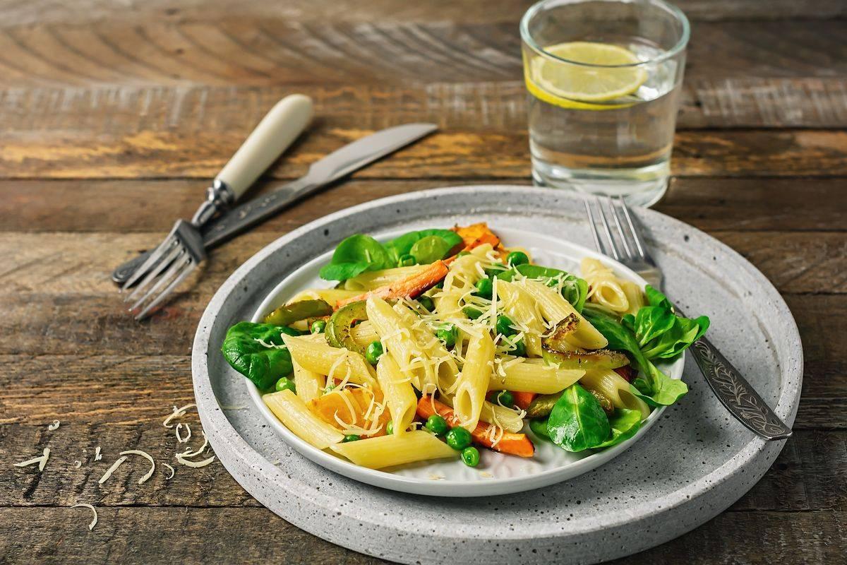 Pasta carote e piselli