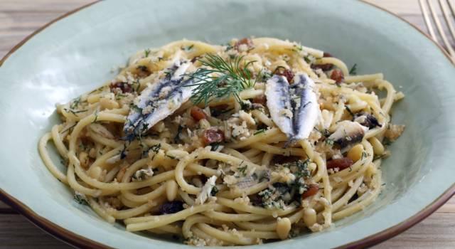Pasta con le sarde: la ricetta originale siciliana, da leccarsi i baffi!