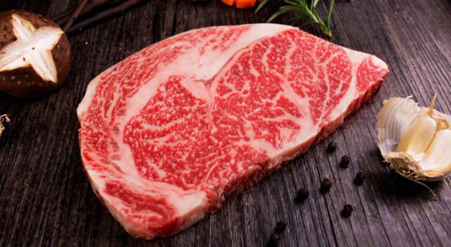 Tutti pazzi per Kobe e Wagyu: le caratteristiche delle pregiate carni di manzo giapponesi
