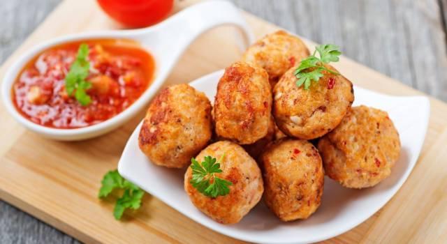 Polpette di pollo al forno senza glutine: una tira l'altra!