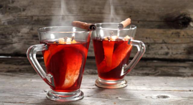 Vin brulé, la bevanda super profumata che scalda le giornate più fredde