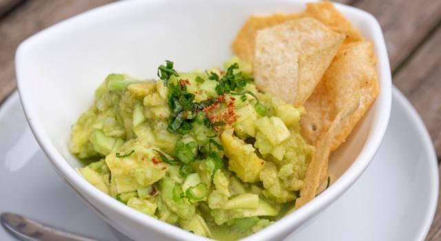 Come preparare il mockamole, la salsa guacamole senza avocado