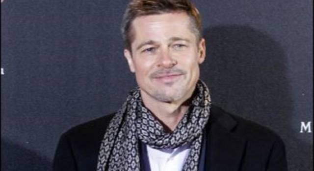 Brad Pitt mangia di continuo nei suoi film: ma perché?