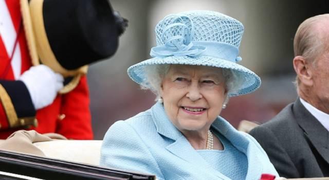 Cosa mangia la Regina Elisabetta II? Svelato il suo alimento preferito