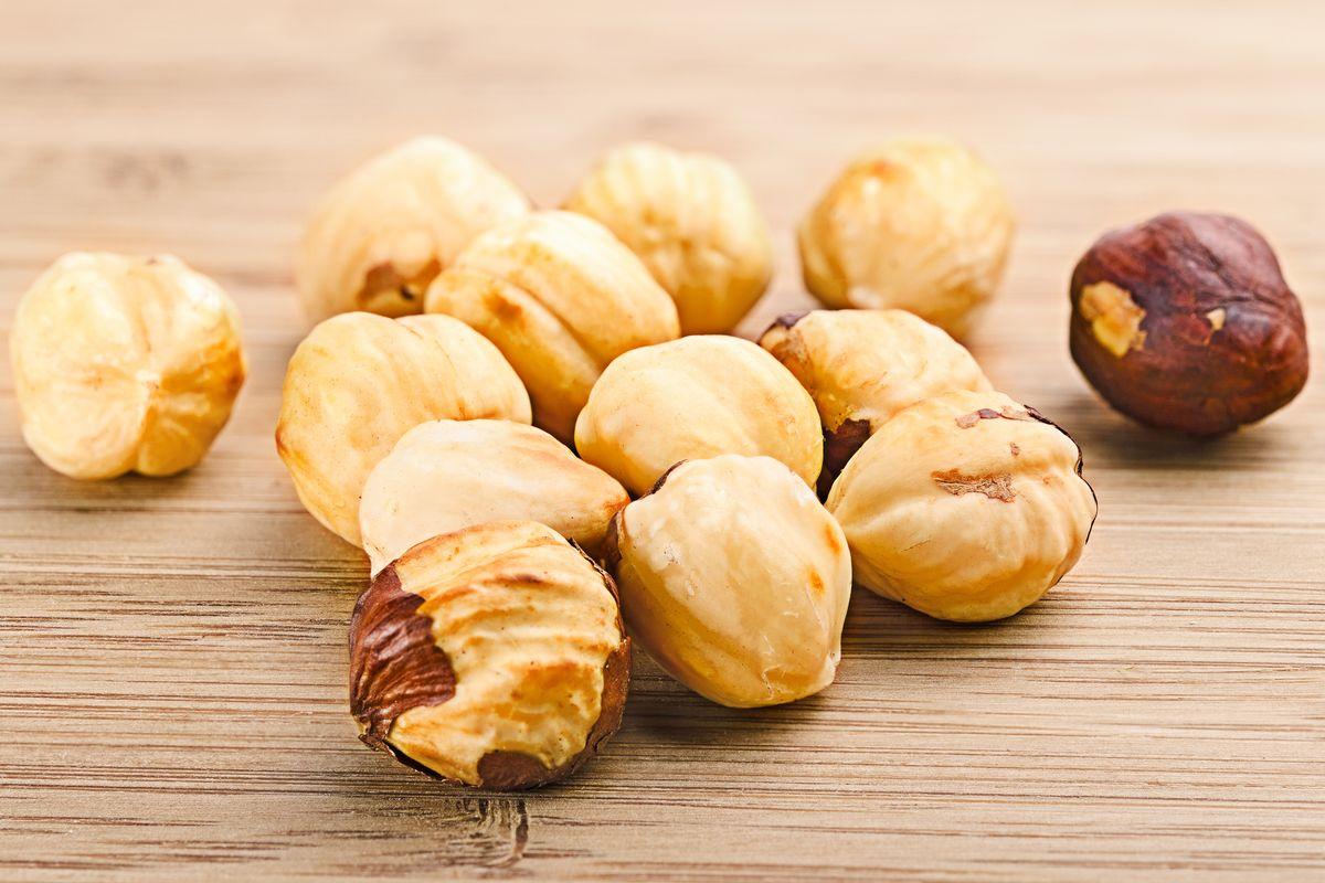 Come tostare le nocciole e i consigli per spellarle!