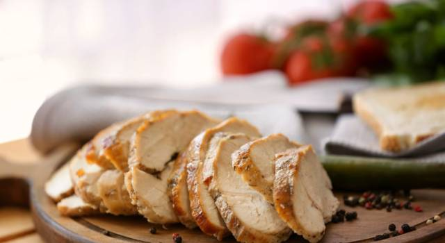 Come fare un delizioso arrosto di tacchino: il pasto è servito!