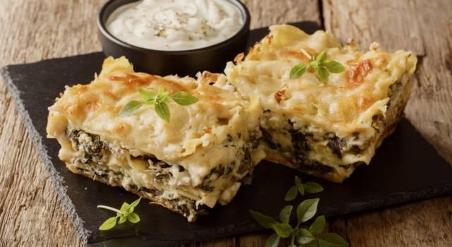 Lasagnette di grano saraceno con porri, verza e pancetta: che bontà!