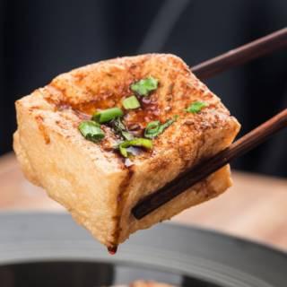 10 modi squisiti per cucinare il tofu alla piastra