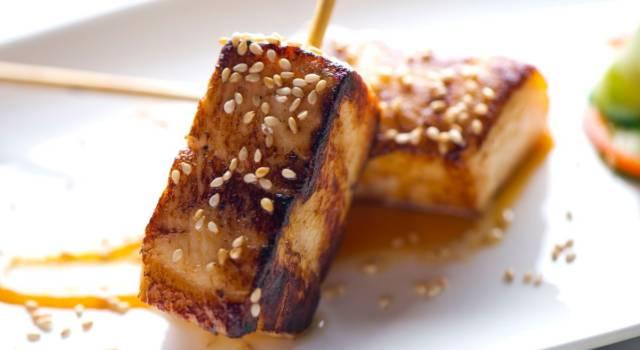 Tofu alla piastra con sesamo, un buonissimo piatto vegano!