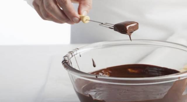 Avete mai assaggiato i cioccolatini al Parmigiano Reggiano? Una ricetta dal gusto unico!