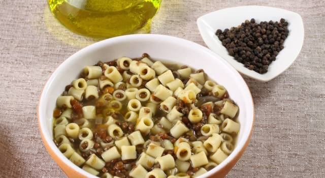 Come fare pasta e lenticchie: un piatto semplice ma delizioso!