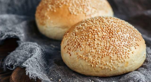Soffice e buonissimo: è il pane al sesamo senza glutine