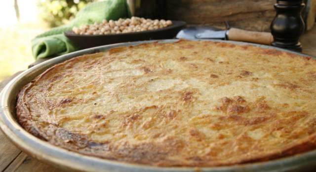 Farinata di ceci, la tradizionale torta salata ligure