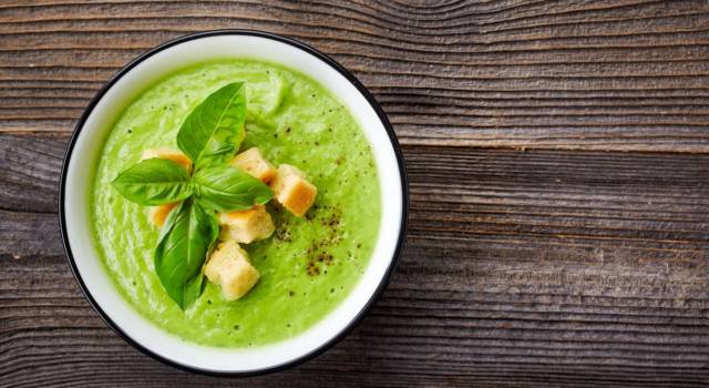 Passato di verdure: un piatto salutare e genuino che scalda il cuore e l'anima!