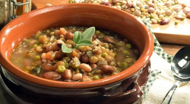 Calda e corroborante, la zuppa di legumi è un concentrato di salute