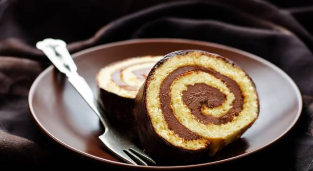 Rotolo alla Nutella: la ricetta del dolce goloso, anche con il Bimby!